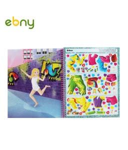 دفتر رسم وإستوديو مصممة الأزياء للأطفال