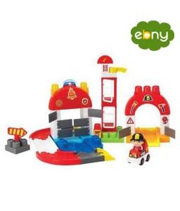 لعبة بناء محطة إطفاء لطفل عصري